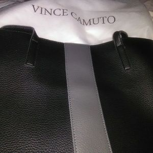 Vince camuto NWT vegan tote with dustcover